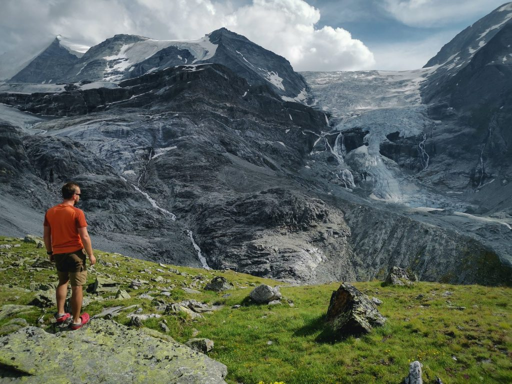 Vue sur le glacier de Tourtemagne.