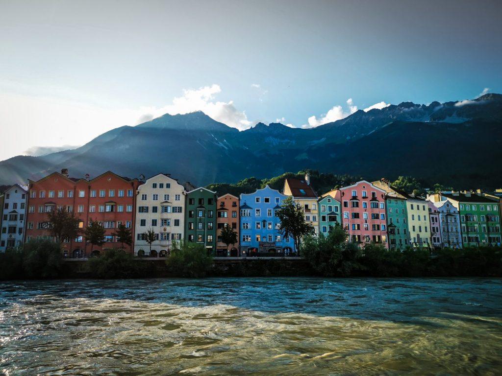 Innsbruck maisons colorées, Tyrol en Autriche